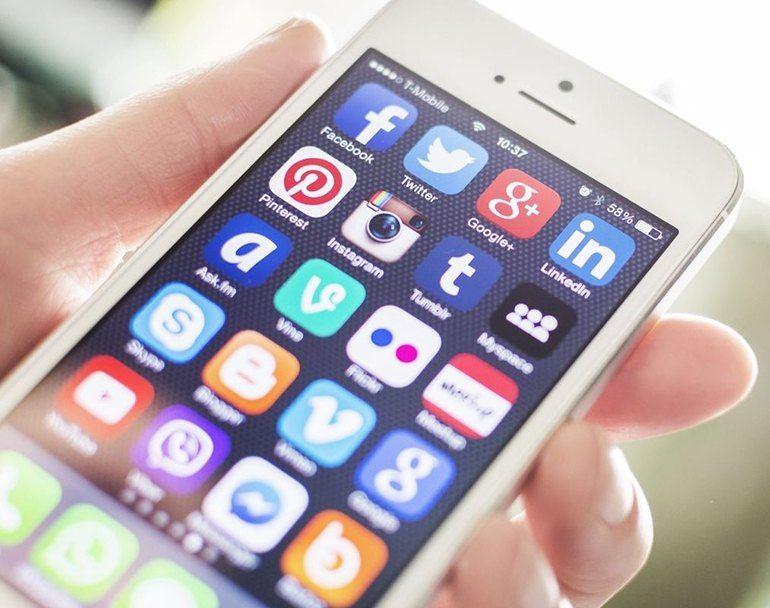 Заработок в интернете через телефон без вложений на социальных сетях