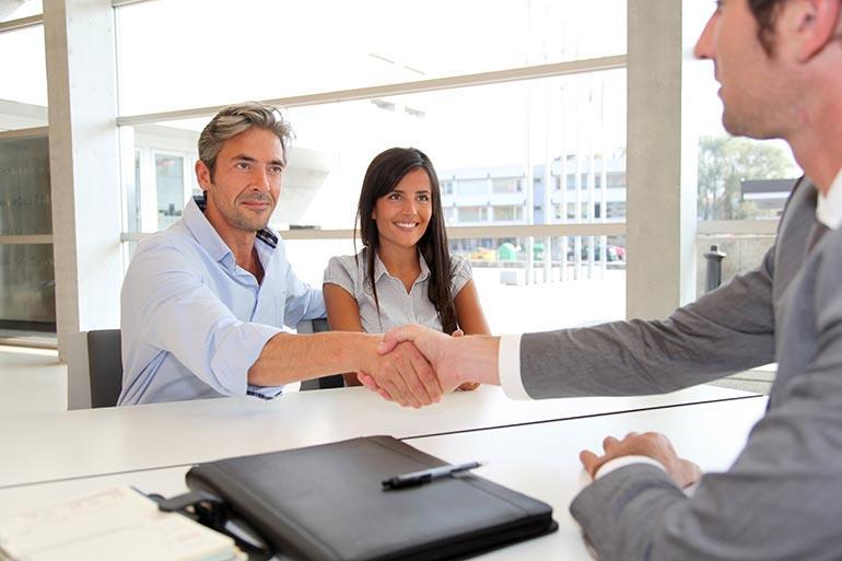 Где и как оформить рассрочку и кредит